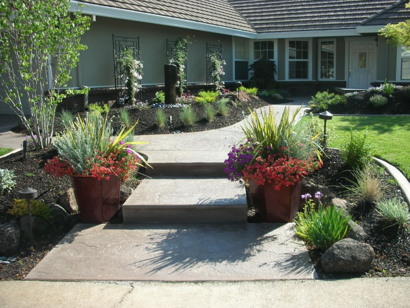 Bloomin 39 landscape designs sacramento area landscape design for Landscape design pictures